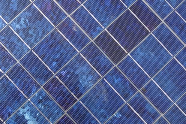 Vin de Set - solar panel