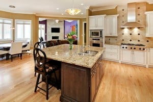 Log Cabin Lane, 1314_kitchen.jpg