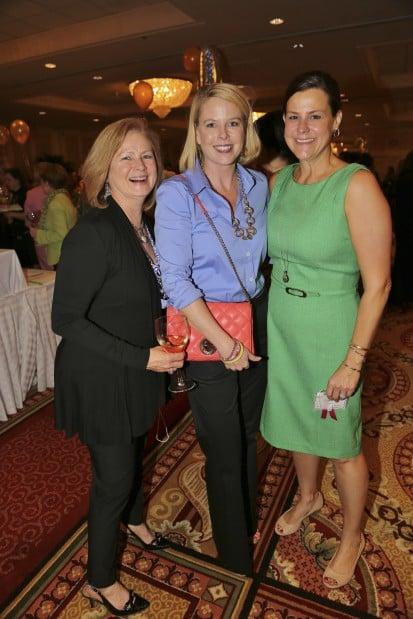 Cindy Munich, Karen Shaughnessy, Laura Lueken