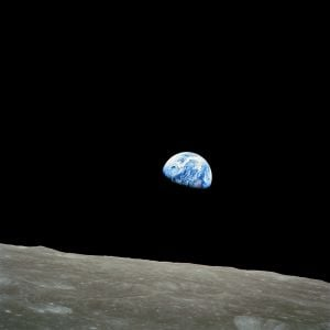 Earthrise_NASA.jpg