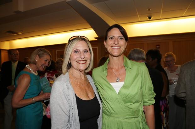 Roz Rothman, Laura Fields