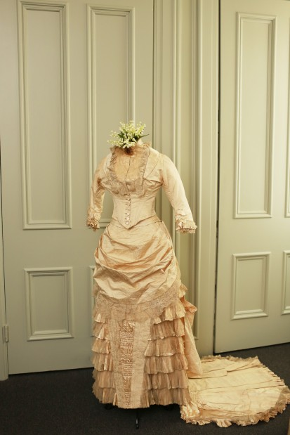 Wedding dress, 1879-1882