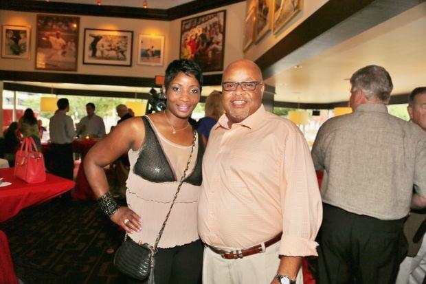Stephanie Brown, Mike Claiborne