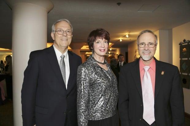 Paul Reuter, Barbara Harbach, Tom George