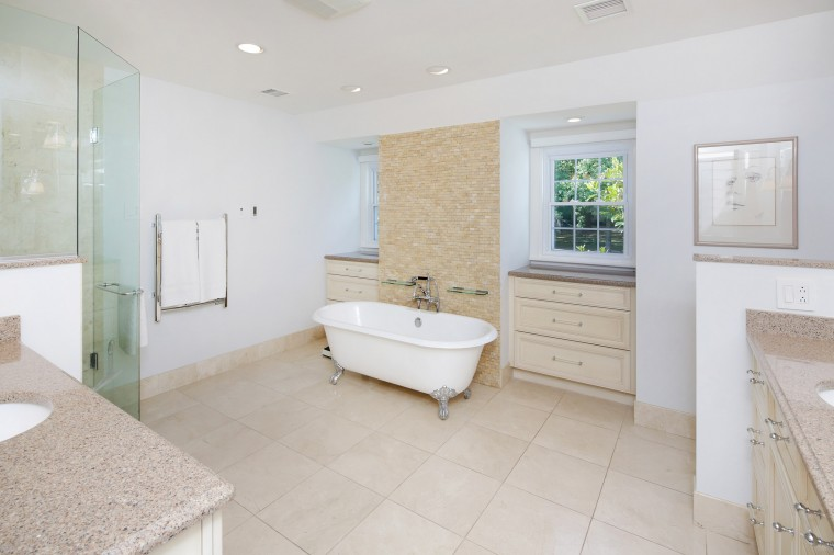 dp-masterbath_0921.jpg