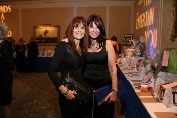 Diana Rich, Jill Lewis
