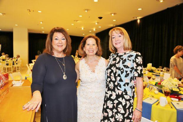 Anne Stupp, Lynn Yaeger, Mary Mathes