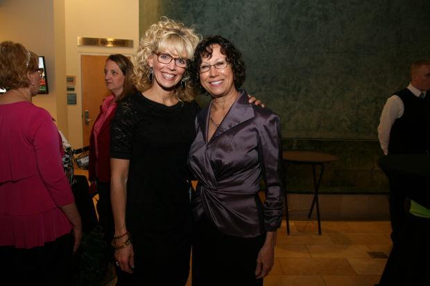 Sarah Underwood, Karen Wetmore