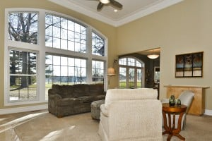 Meadowbrook Country Club Estates 376_great room 02.jpg