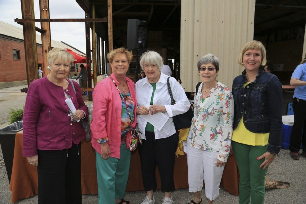 Peggy Shepley, Sue Geile, Ann Delaney, Carolyn Noll, Sally Pinckard