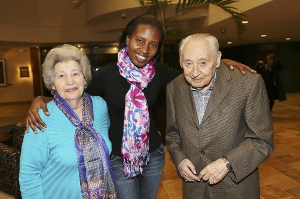 Sara Wolf, Olive Mukabalisa, Leo Wolf
