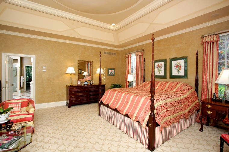 5 - 27 Twin Springs Lane-Master Suite.jpg