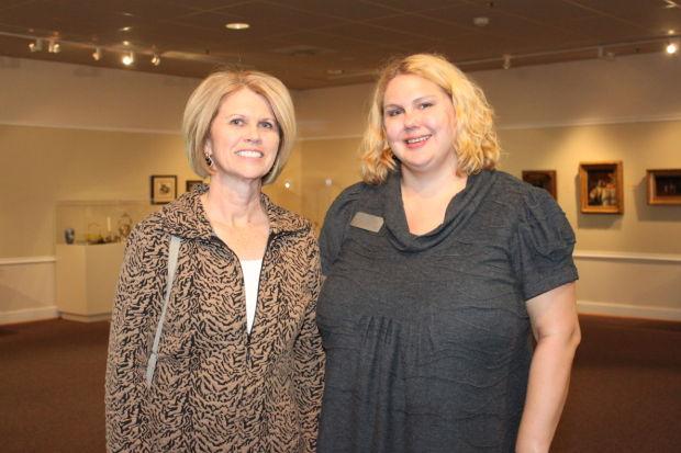 Lisa Hardebeck, Sharon Barnhardt
