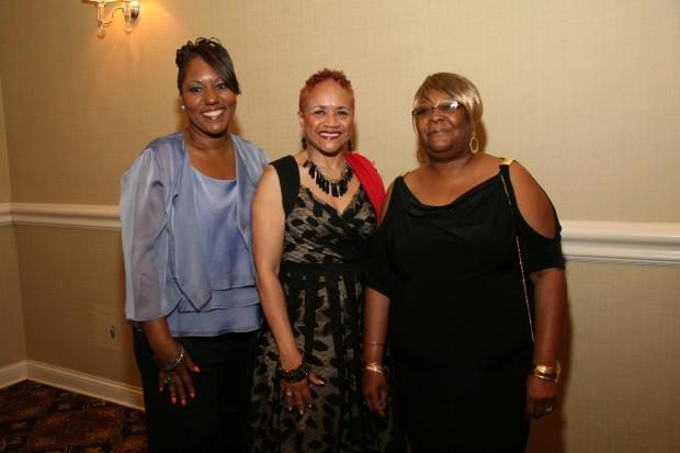 Mary Cooper, Diane Clines, Vanessa McDonald