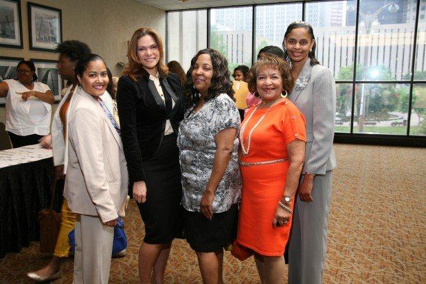 Jan Forrest Banks, Dawn Fuller, Yolanda Holmes, Mary Montgomery, Kim Banks