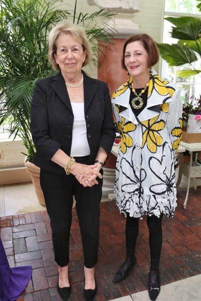 Marilyn Adaire, Anne Weiss