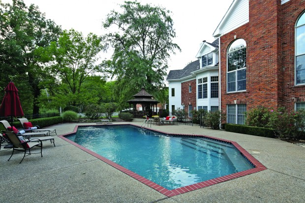 6 Countryside Ln - Pool.jpg