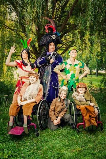 VARIETY CHILDREN'S THEATRE PRESENTS PETER PAN