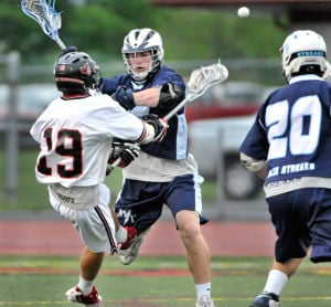 BOYS' LACROSSE: Streaks slam the door
