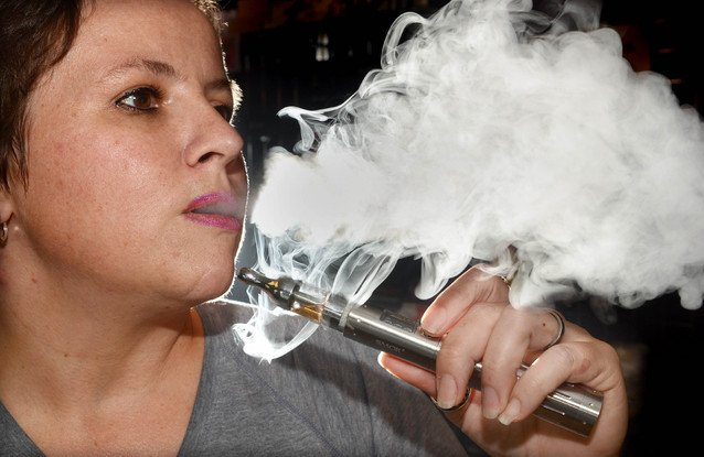 Airway test reveals e-cigarette vapor produces similar result as air'