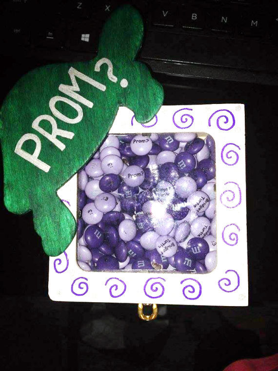Promposals The Big Part Of A Guy S Prom Experience