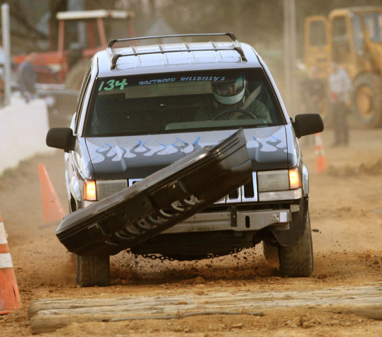 Jeep Lancaster: Opening Night Of 2014 Season At Buck Motorsports Park
