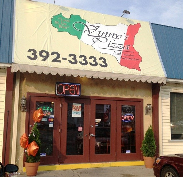 The Inside Track Lancaster Pa: Vinny's Pizza & Italian Restaurant Opens On Manheim Pike