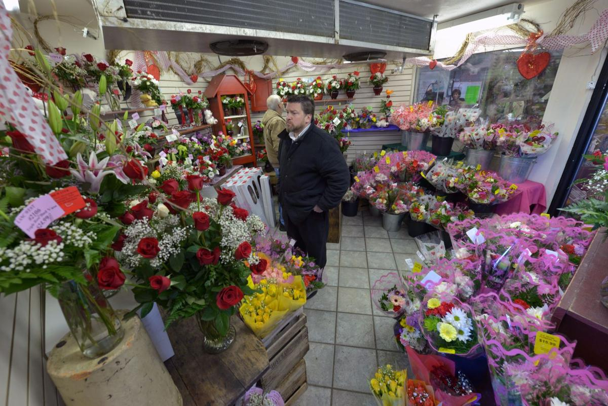 Local flower shop prepares more than 5 000 roses for Valentine s Day