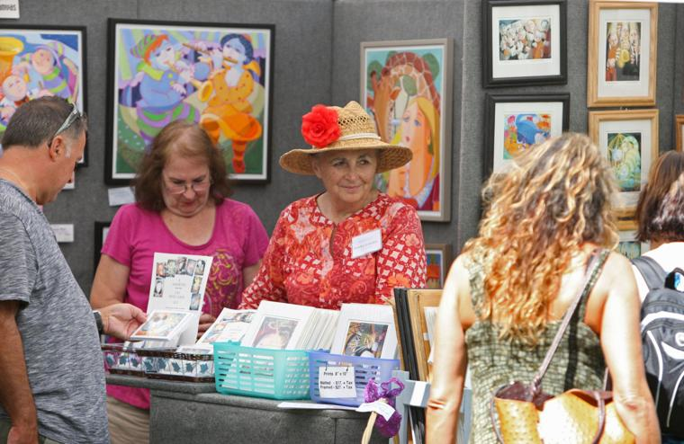 Lititz outdoor art show draws from near and far for Art craft shows near me