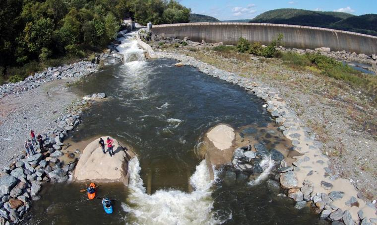 4 Million Whitewater Playboating Park Below Holtwood Dam