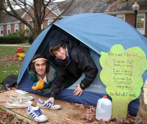 Franklin & Marshall College students, faculty live in tent in green campaign