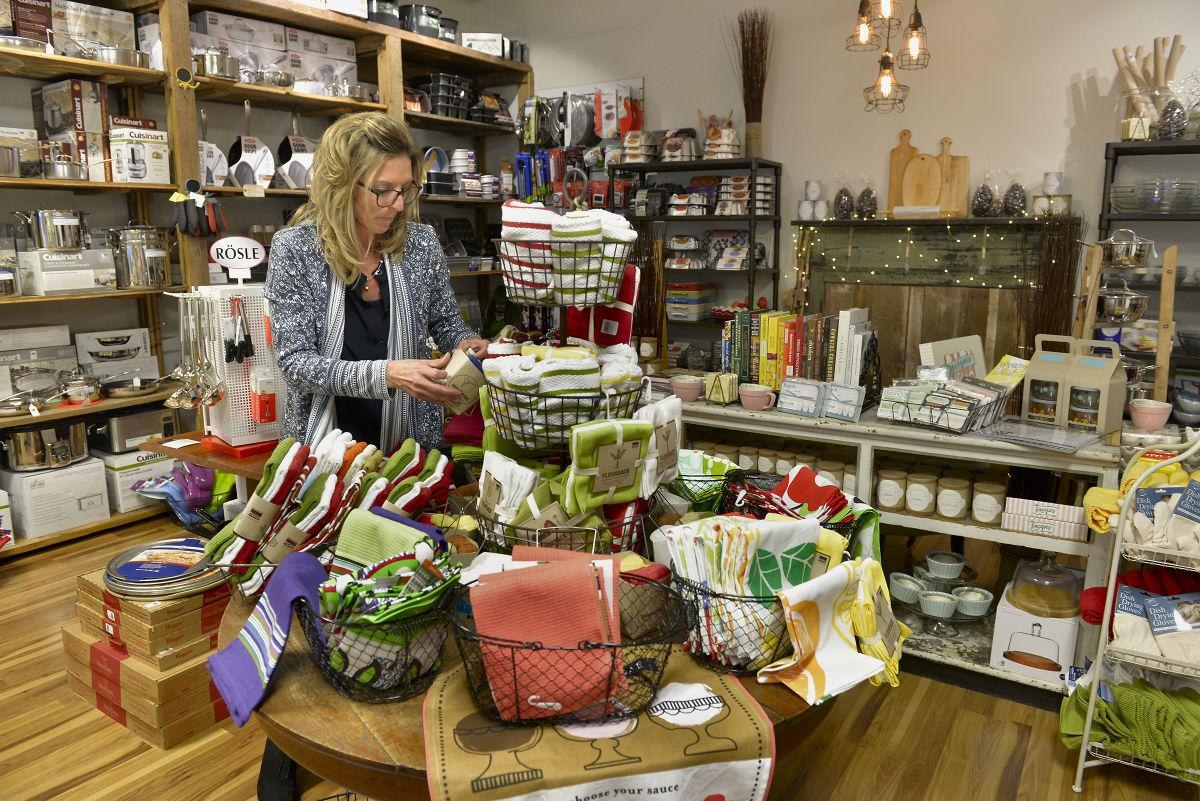 Mise en place kitchen store opens in downtown lancaster for F kitchen lancaster