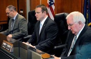 Lancaster County commissioners sworn in