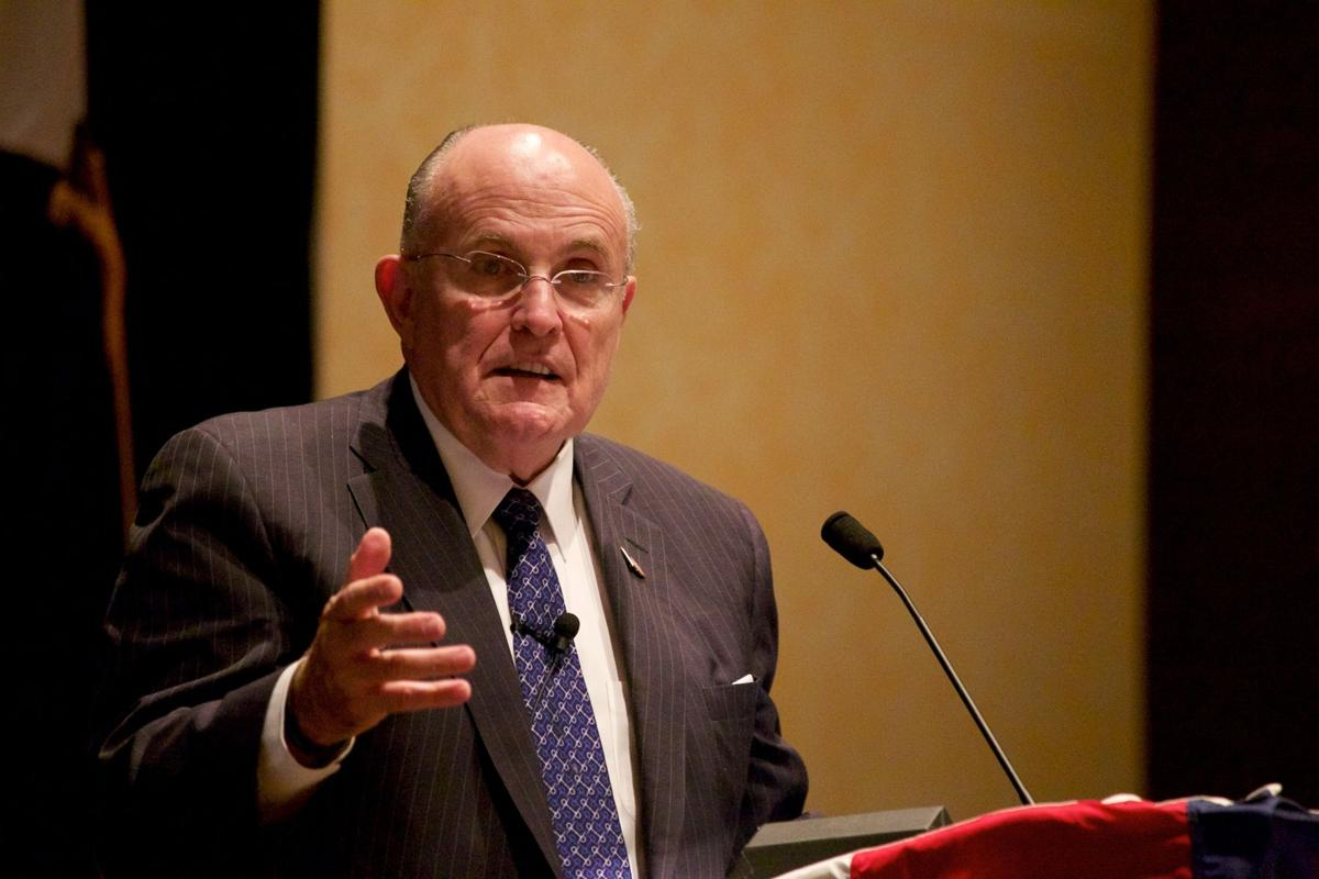 leadership by giuliani In this getabstract summary, you will learn: how rudolph giuliani applied basic leadership principles to serving as mayor of new york city how he put these principles to work during and after the sept 11 crisis, and how you can find purpose and power by using leadership maxims in a focused.