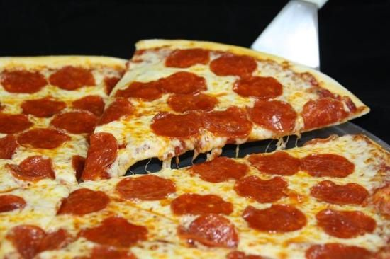 Vote Who has the best pizza Food lancasteronlinecom : 55ad52dc11adaimage from lancasteronline.com size 550 x 366 jpeg 36kB