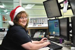Lewis County Sheriff's Office dispatcher will help keep watch on Santa's progress