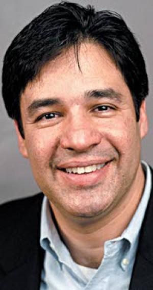 Labrador, Farris offer voters distinct choice