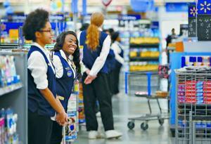 Walmart brings back greeters at the store door