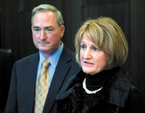 Cynthia Gifford, Robert Gifford