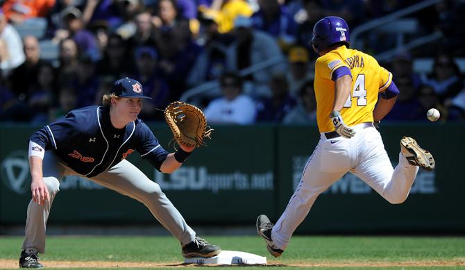 Baseball vs. Auburn_RR11web.jpg