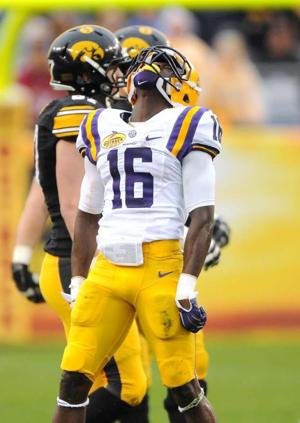 Football, LSU vs. Iowa, Outback Bowl, 1/1/14