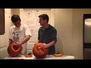 How to carve a pumpkin- 4 More Years