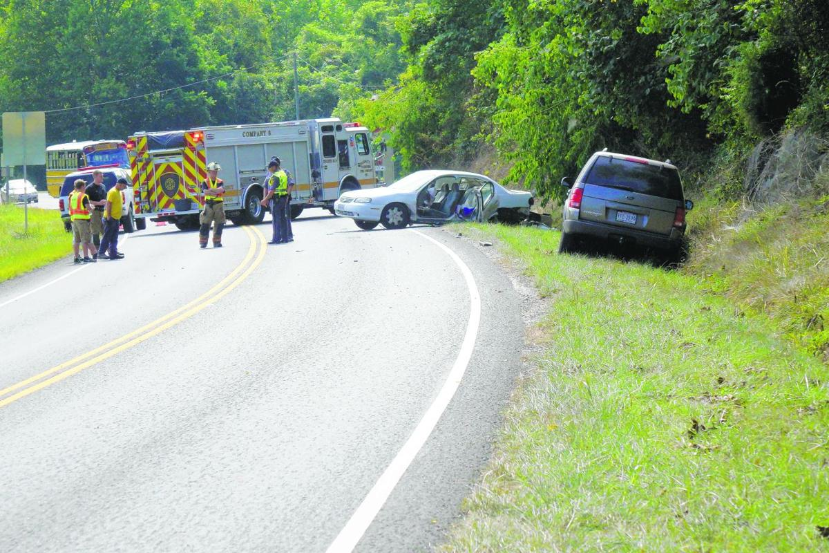 Two Injured In Thursday Morning Wreck In Bassett News
