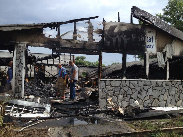 Fire destroys warehouse used by Habitat for Humanity