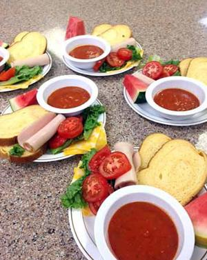 Free community meals now twice a week at first lutheran in for Loaves and fishes mn