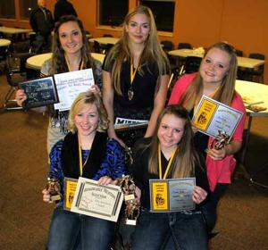 OHS volleyball award winners