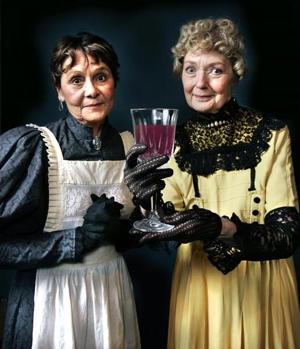 TWS's Arsenic and Old Lace is exactly as killingly humorous as it is supposed to be.