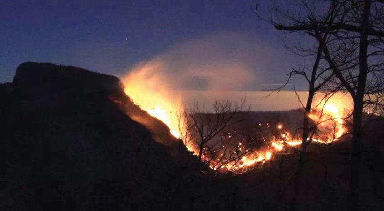 Table Rock fire (1)