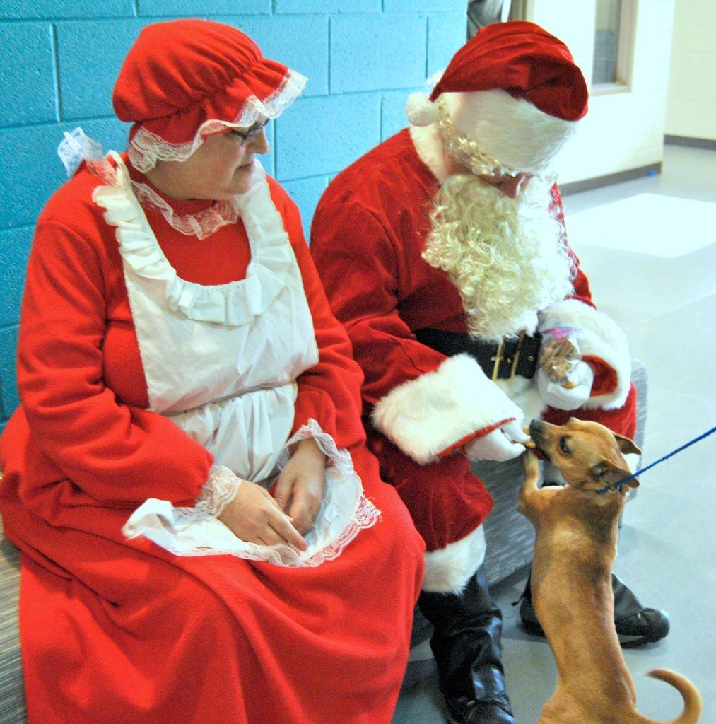 Santa mrs claus 'angels make special holiday visit to