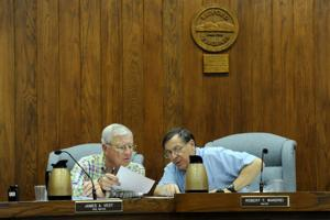 Bedford City council holds one last meeting before becoming a town